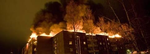 Branden på Geografigränd, Foto: BJÖRN WANHATALO http://www.aftonbladet.se/nyheter/article11601177.ab